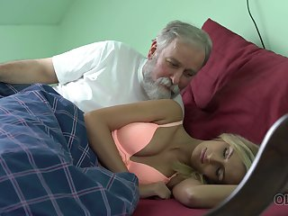 Old dude licks and fucks pussy of attractive kept woman Jenny Smart