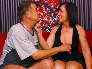 AmateurEuro - Mature Couple Gets Down & Vituperative On The Couch