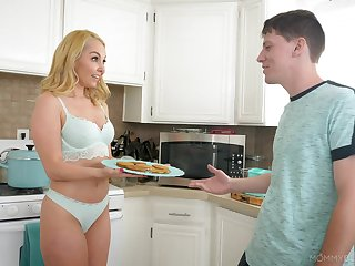 Kitchen blowjob outsider desirable blonde Aaliyah Love in POV video