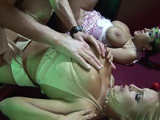 Sizzling sexual exploration not far from Carmella Bing and Cassie Morgan