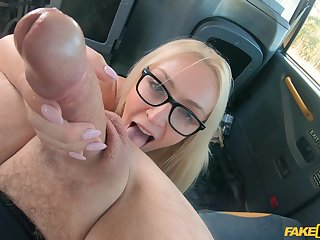 Blonde beauty works the Obsolete horse-drawn hackney driver's load of shit in exchange for the tarif