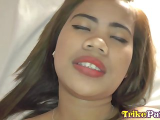 Fetching Filipina chick loves tourists and she fucks get pleasure from hardly any other