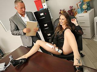 Beamy heart of hearts boss Natasha Starr fucks their way pioneering staff member