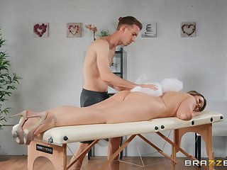 Stunning blonde wife receives more than a simple massage