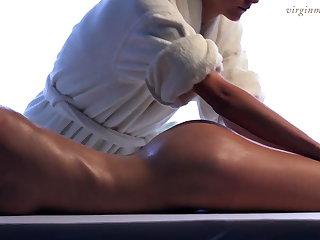Brunette babe Vika gets her first massage